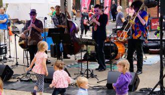 Eltham Jazz Food and Wine Festival 2017