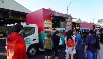 Festive Truck Stop Queen Vic Market
