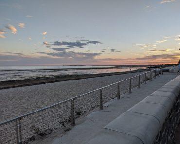 altona beach summer melbourne7