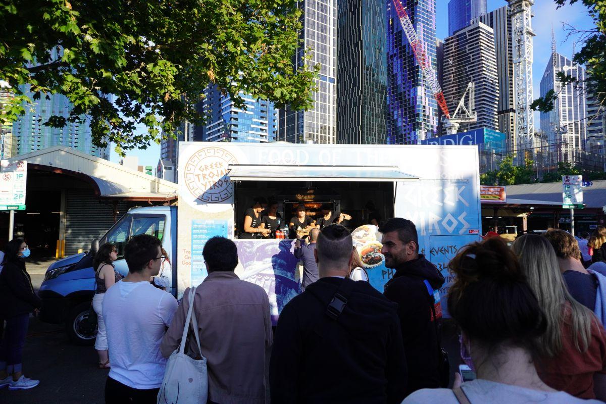 festive truck stop queen vic market5