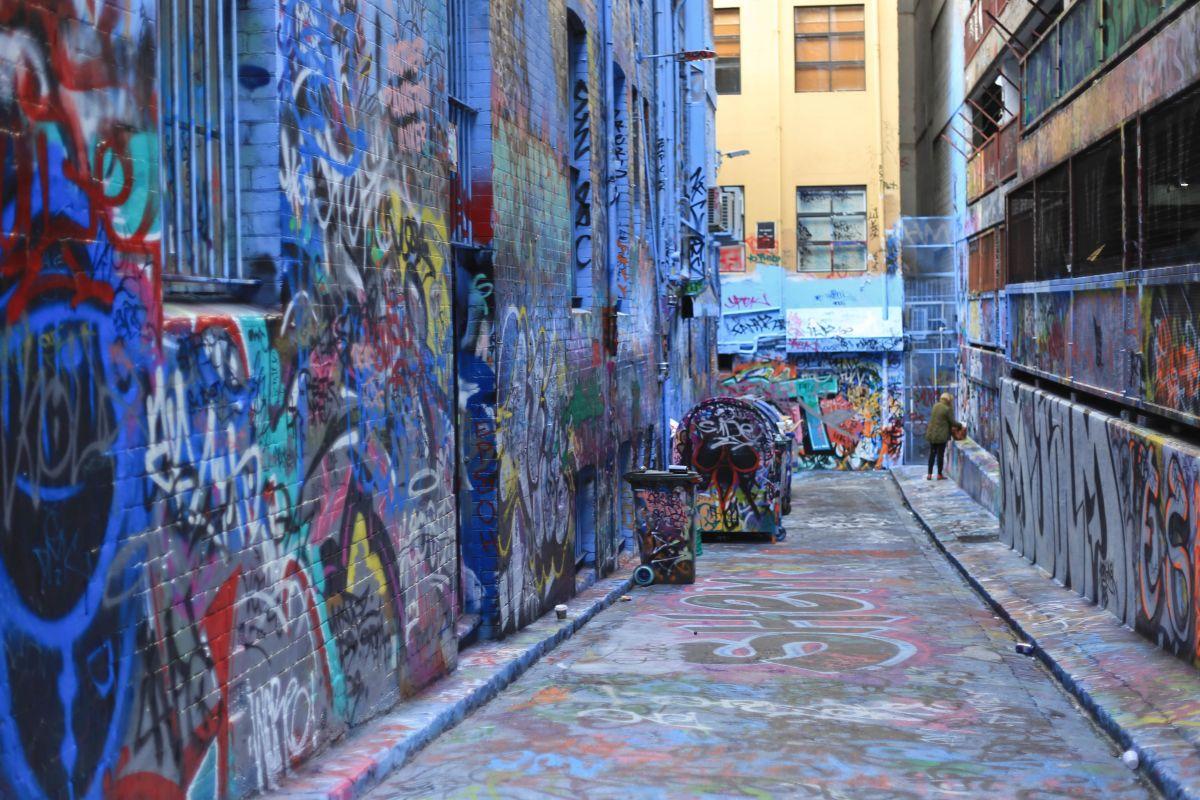graffitti lane melbourne-min